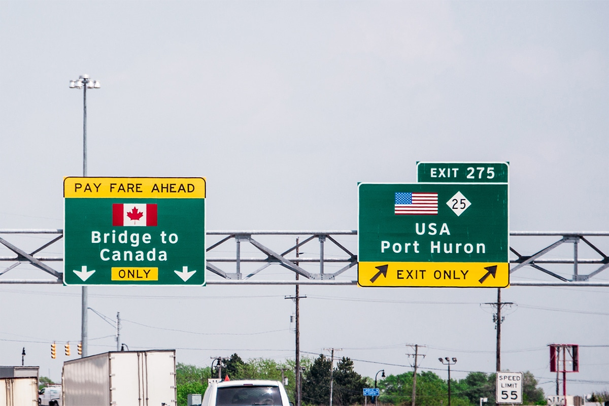 Canada-US border closure extended