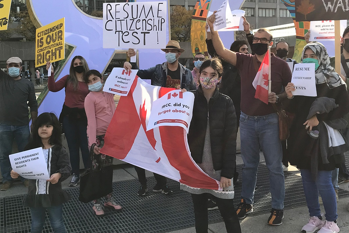 Citizenship test advocates protest in Toronto