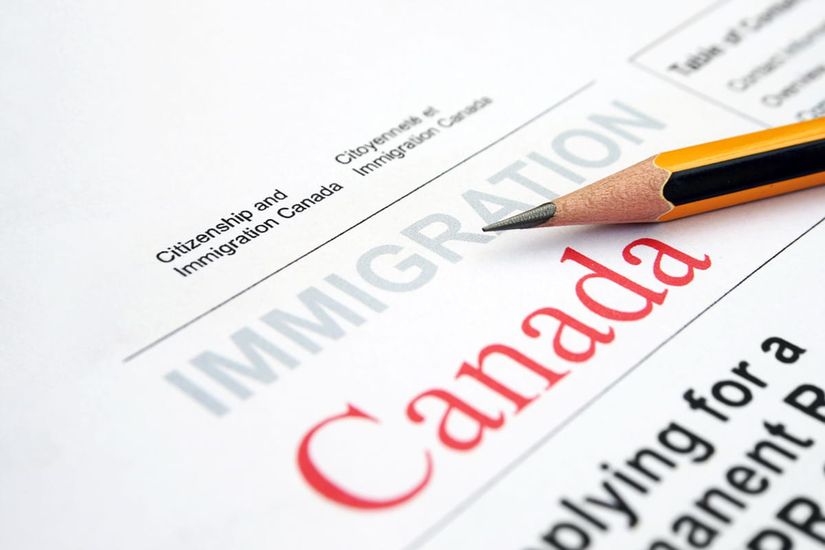 Paper application for Canadian immigration